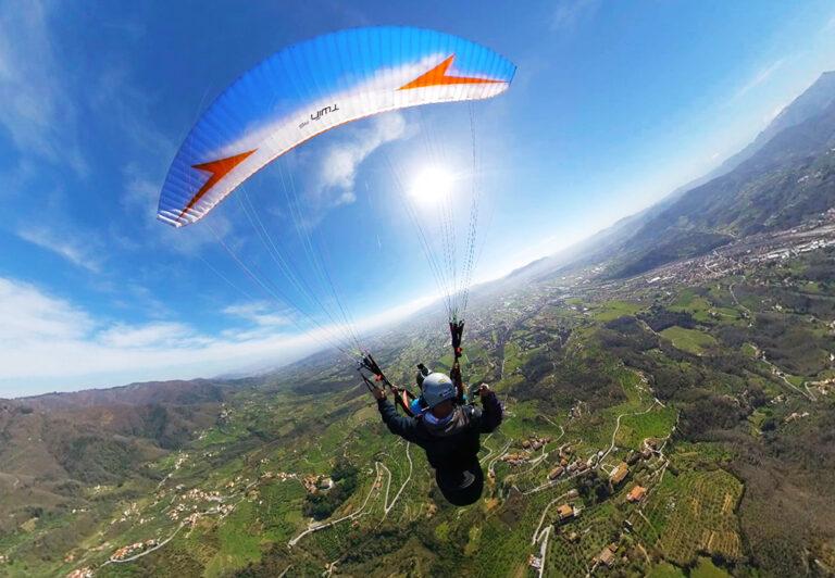 parapendio biposto tandem per volare in Toscana