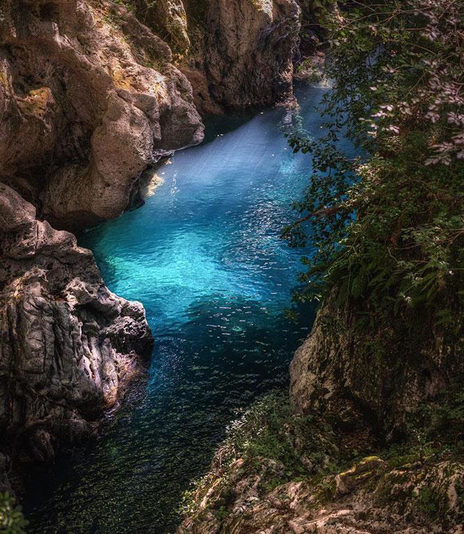 Il percorso di Canyon Park si sviluppa dentro un Canyon vicino Bagni di Lucca